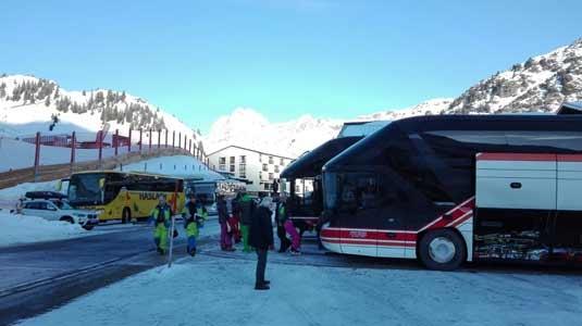 Busparkplatz in Warth-Schröken