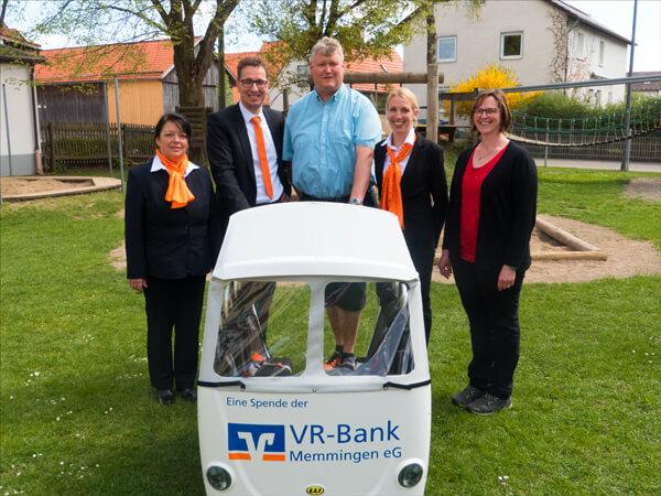 Übergabe VRmobil Kinderbus