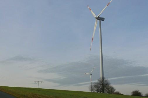 Windkraftanalage Hoppberg 2 am Hang